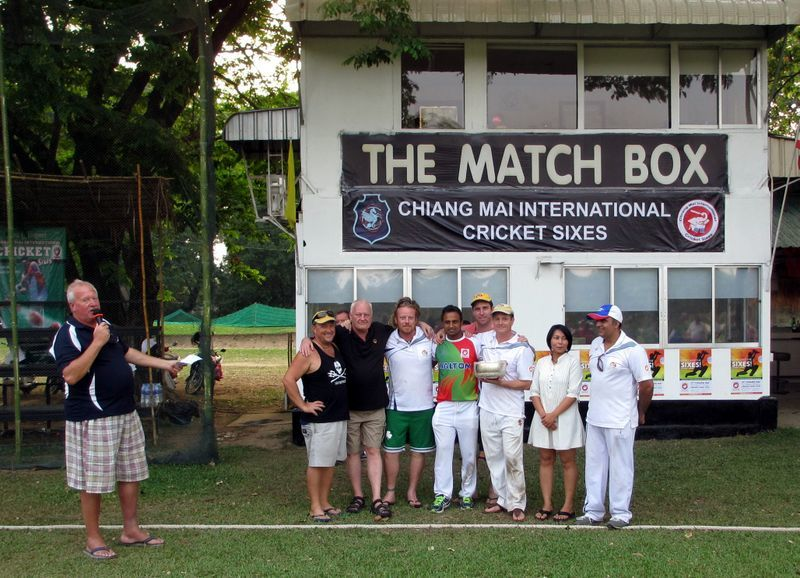 img_34_2014_bowl_champions